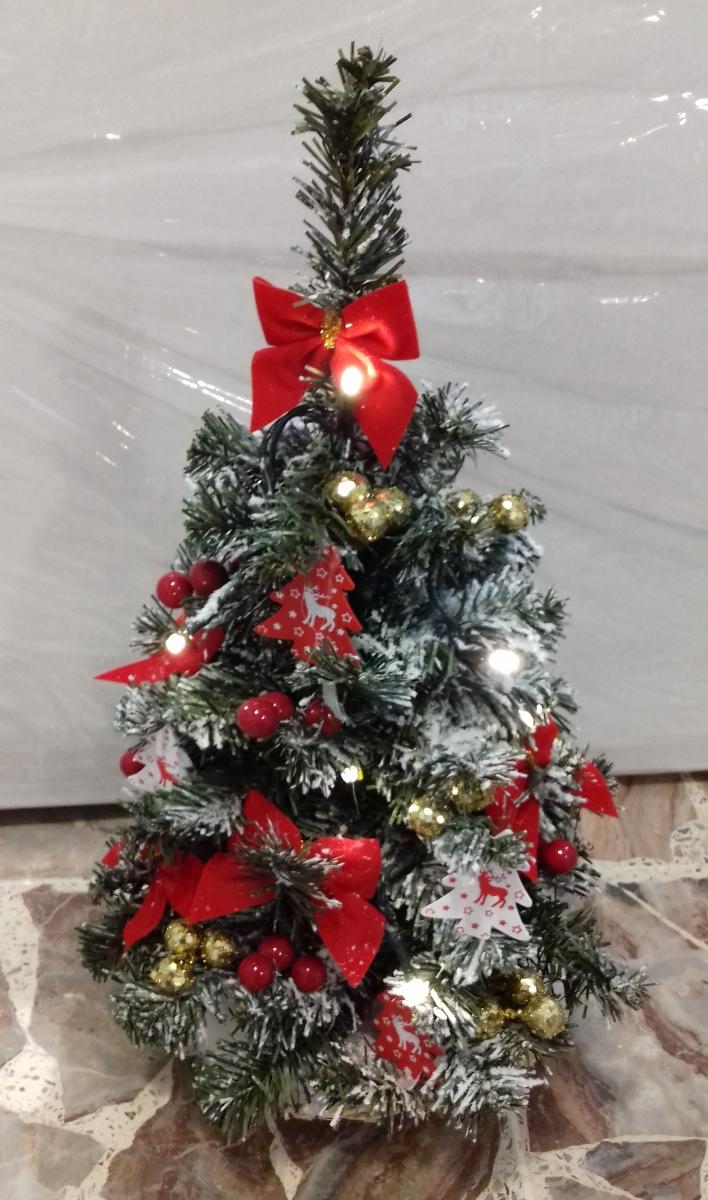 Addobbi Albero Di Natale.Albero Di Natale Piccolo Con Addobbi Rossi Alto 40 Cm Natale Luci E Colori 38711 Idea Luce Di Filippi Carru Cuneo